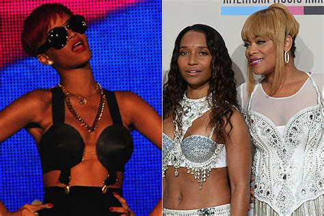 TLC Bash Rihanna for Nudity, Singer Fires Back with Racy Photo