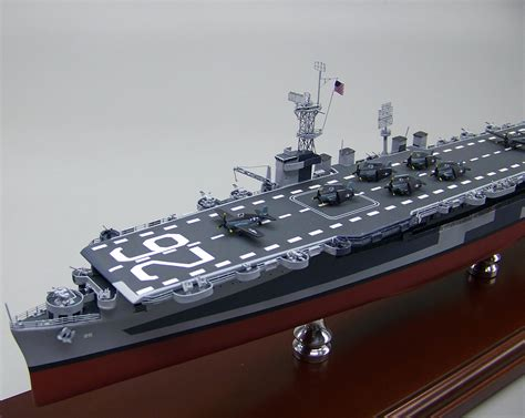 SD Model Makers > Aircraft Carrier Models > Independence