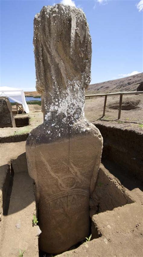 Easter Island statues: Incredible images show discovery of