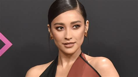 Shay Mitchell Reveals She Suffered a Miscarriage in