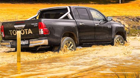 2016 Toyota HiLux Review - photos | CarAdvice