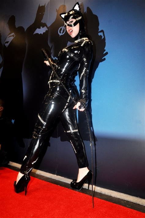 Latex Cosplay: Catwoman from Batman Returns inspired