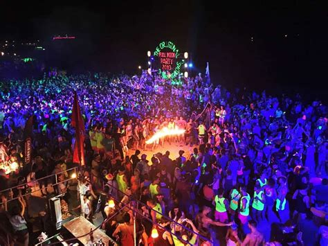 Thailand Full Moon Party Dates 2019/2020 {Everything You