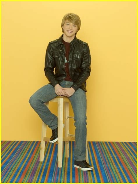Sonny With a Chance season 2 - Sterling Knight - Sterling