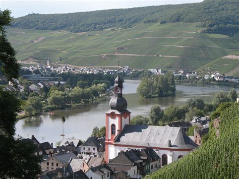 Zell (Mosel) - Mosel-Touristinformation